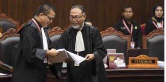 Bambang Widjojanto dan Denny Indrayana