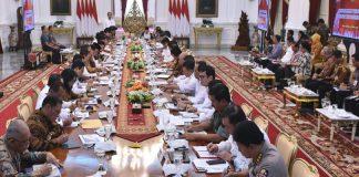 Sidang Kabinet Pertama