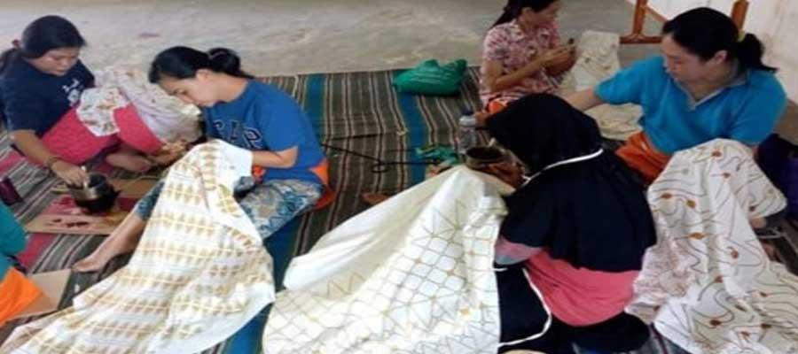 Komunitas Batik Rusun Pulogebang (KBRP)